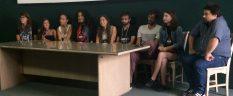 Da esquerda para a direita: Carol Correia, Julia Roliz, Mari Oliveira, Renata Dorea, Rafaella Pereira de Lima, Jáder Barreto Lima, Hassan Shahateet, Elena Sassi e Gerardo Quezada Richards